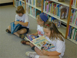 Benld girls reading